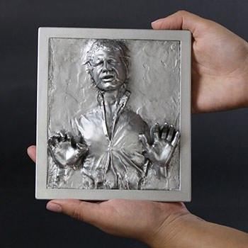 Han Solo in Carbonite Mini Plaque Statue