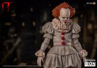 Gallery Image of Pennywise Statue