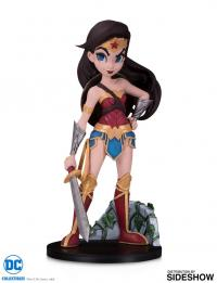 Gallery Image of Wonder Woman Vinyl Collectible