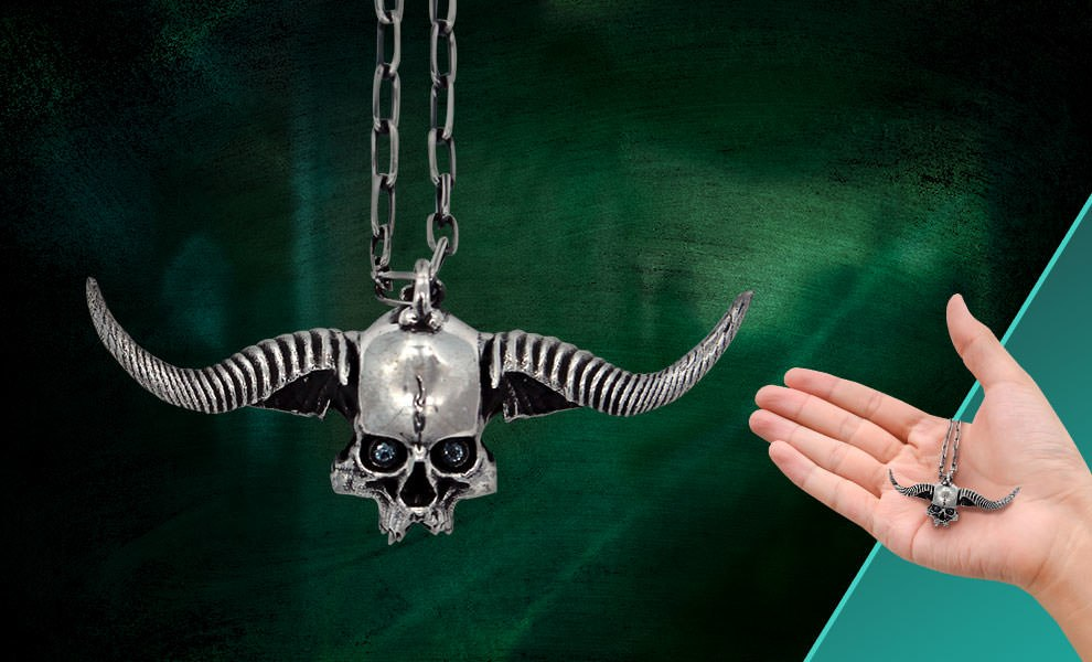 Gallery Feature Image of Oglavaeil The Executioner Pendant Jewelry - Click to open image gallery
