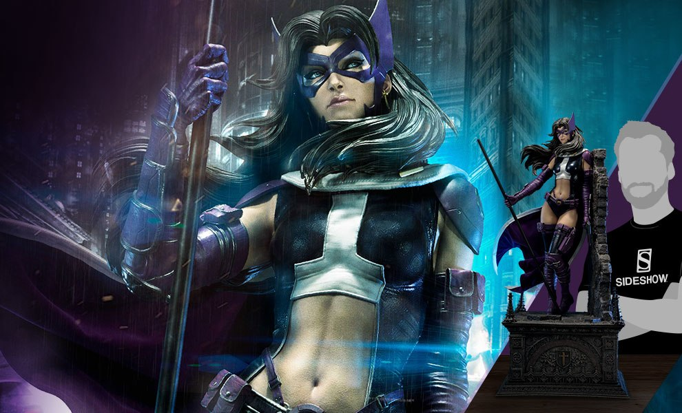 Gallery Feature Image of Huntress Fabric Cape Edition Statue - Click to open image gallery