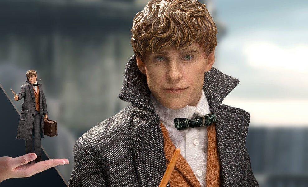 Gallery Feature Image of Newt Scamander Collectible Figure - Click to open image gallery