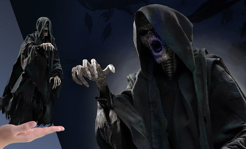 Gallery Feature Image of Dementor Sixth Scale Figure - Click to open image gallery