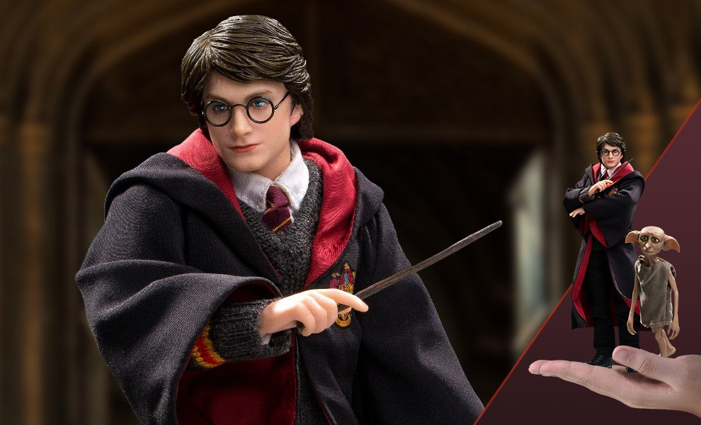 Gallery Feature Image of Harry Potter and Dobby Twin Pack Collectible Figure - Click to open image gallery