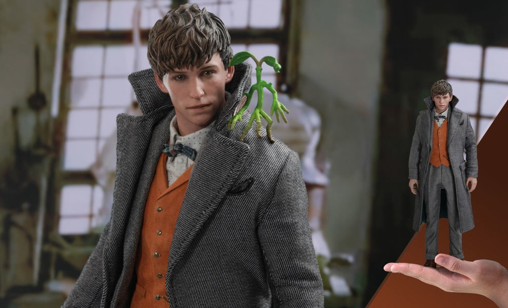 Gallery Feature Image of Newt Scamander Sixth Scale Figure - Click to open image gallery