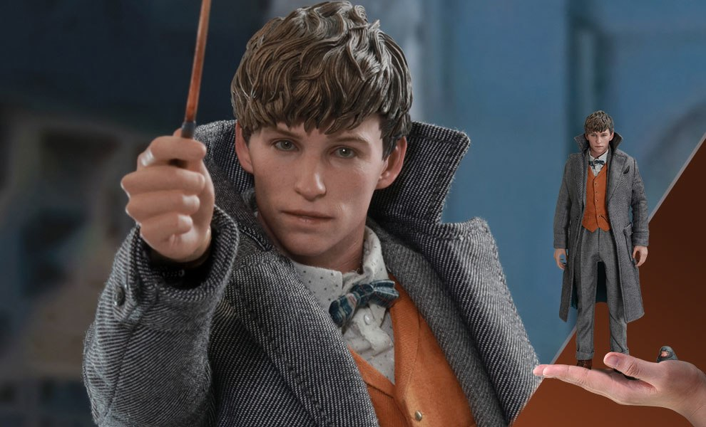 Gallery Feature Image of Newt Scamander Special Edition Sixth Scale Figure - Click to open image gallery