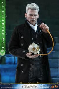Gallery Image of Gellert Grindelwald Sixth Scale Figure