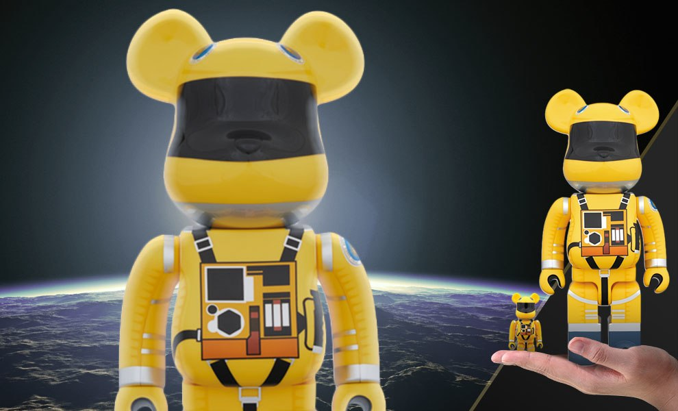 Gallery Feature Image of Bearbrick Space Suit Yellow Version 100 and 400 Collectible Set - Click to open image gallery