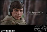 Gallery Image of Luke Skywalker Endor Sixth Scale Figure