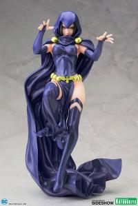 Gallery Image of Raven Statue