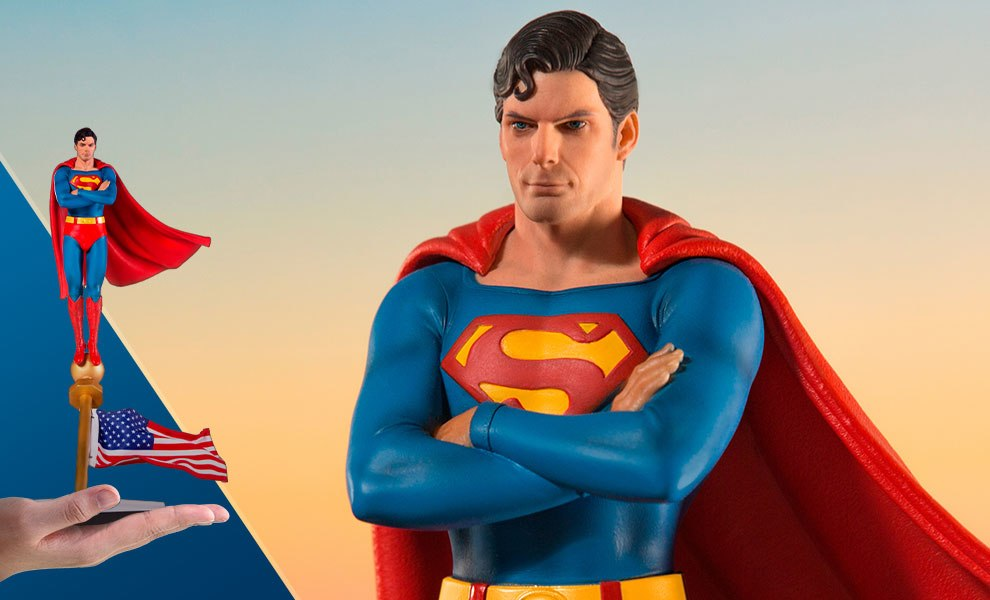 Gallery Feature Image of Superman 1978 Deluxe Statue - Click to open image gallery