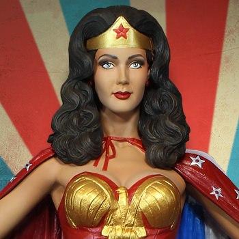Wonder Woman Cape Variant Maquette