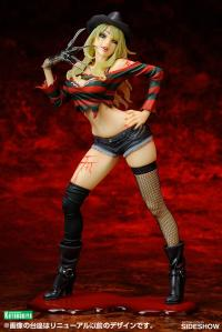 Gallery Image of Freddy Krueger Statue