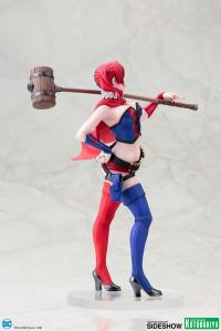Gallery Image of Harley Quinn New 52 Statue