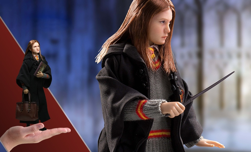 Gallery Feature Image of Ginny Weasley Sixth Scale Figure - Click to open image gallery