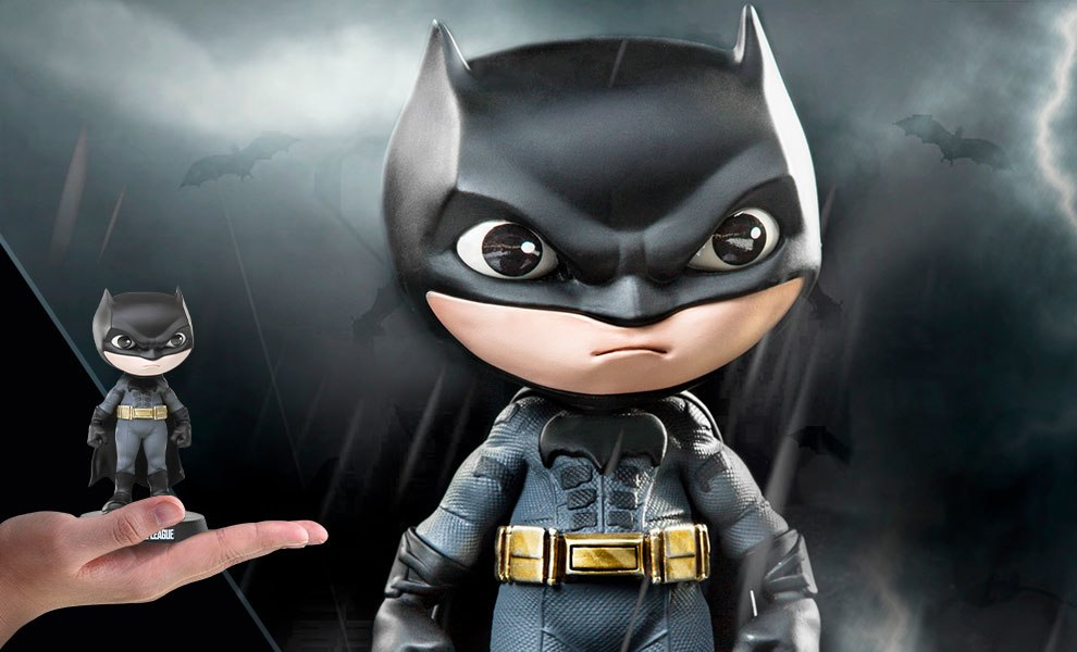 Gallery Feature Image of Batman Mini Co Collectible Figure - Click to open image gallery