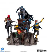 Gallery Image of Nightwing Bat Family Statue