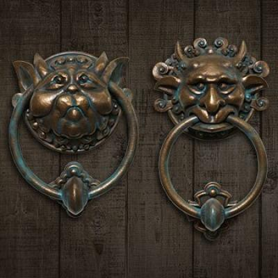 Labyrinth Door Knocker Set (Chronicle)
