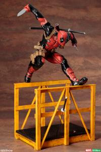 Gallery Image of Super Deadpool Statue