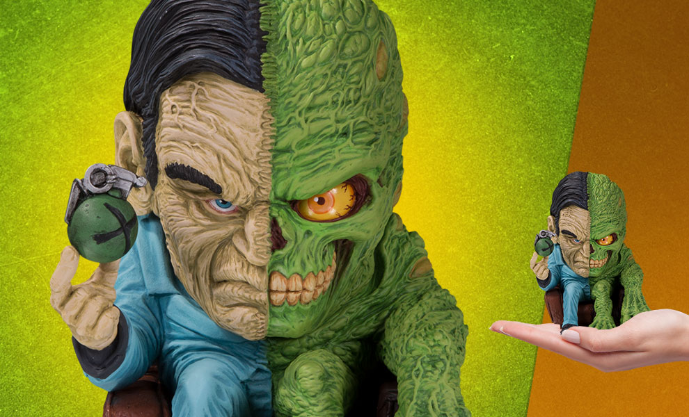 Gallery Feature Image of Two-Face Vinyl Collectible - Click to open image gallery