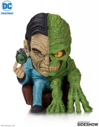 Gallery Image of Two-Face Vinyl Collectible
