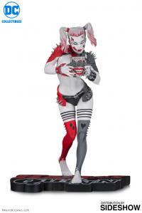 Gallery Image of Metal Harley Quinn Statue