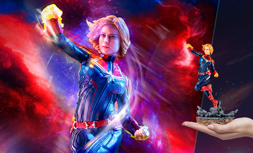 Gallery Feature Image of Captain Marvel Statue - Click to open image gallery