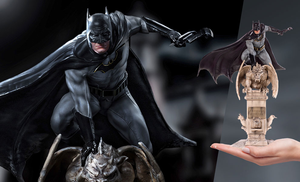 Gallery Feature Image of Batman Deluxe 1:10 Scale Statue - Click to open image gallery