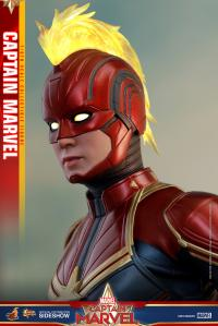 Gallery Image of Captain Marvel Sixth Scale Figure