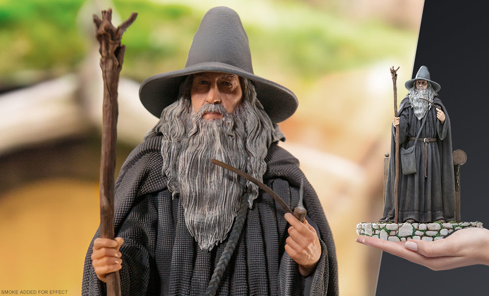 Gallery Feature Image of Gandalf Deluxe Statue - Click to open image gallery