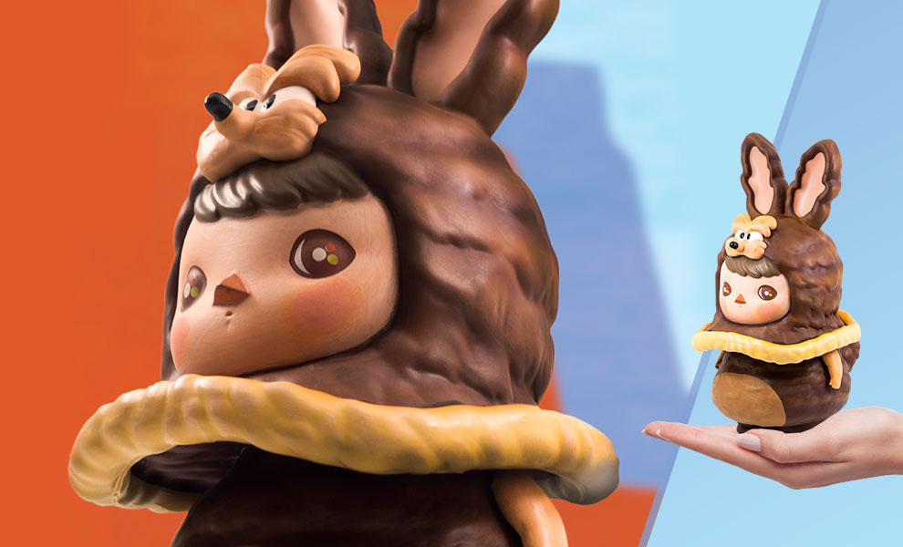 Gallery Feature Image of Get Animated: Wile E. Coyote Vinyl Collectible - Click to open image gallery