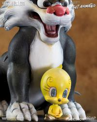 Gallery Image of Sylvester and Tweety Statue