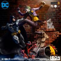 Gallery Image of Batman Vs The Joker Sixth Scale Diorama