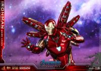 Gallery Image of Iron Man Mark LXXXV Sixth Scale Figure