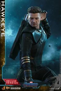 Gallery Image of Hawkeye (Deluxe Version) Sixth Scale Figure