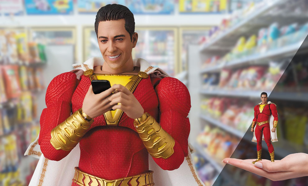 Gallery Feature Image of Shazam! Action Figure - Click to open image gallery