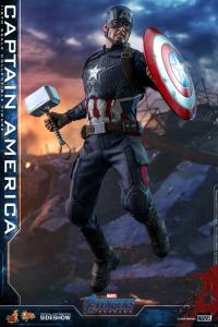 Gallery Image of Captain America Sixth Scale Figure