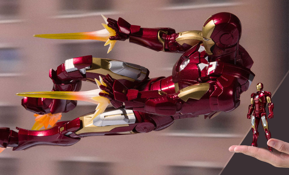 Gallery Feature Image of Iron Man Mark VII and Hall of Armor Collectible Set - Click to open image gallery