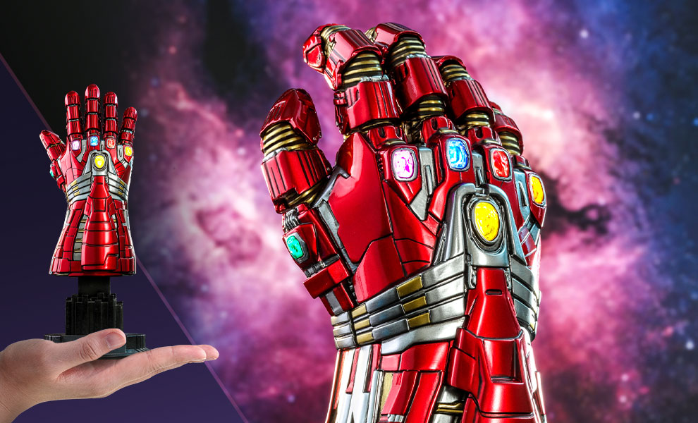 Gallery Feature Image of Nano Gauntlet (Hulk Version) Quarter Scale Figure - Click to open image gallery
