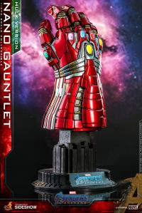 Gallery Image of Nano Gauntlet (Hulk Version) Quarter Scale Figure