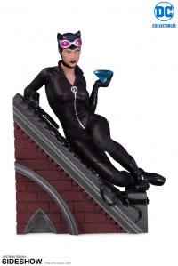 Gallery Image of Catwoman Statue