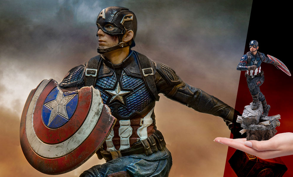 Gallery Feature Image of Captain America (Deluxe) Statue - Click to open image gallery