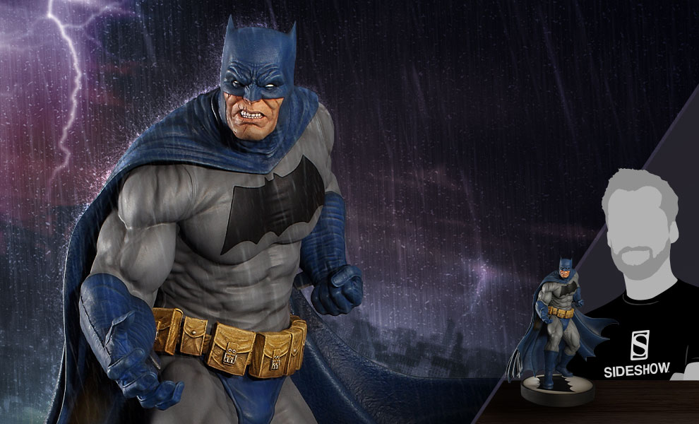 Gallery Feature Image of Batman (Dark Knight) Maquette - Click to open image gallery