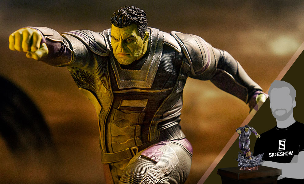 Gallery Feature Image of Hulk Statue - Click to open image gallery