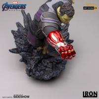 Gallery Image of Hulk (Deluxe) Statue