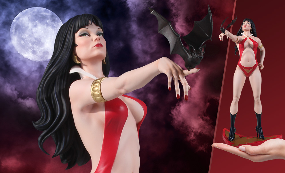 Gallery Feature Image of Vampirella Jose Gonzalez Statue - Click to open image gallery