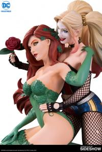 Gallery Image of Harley Quinn & Poison Ivy Statue