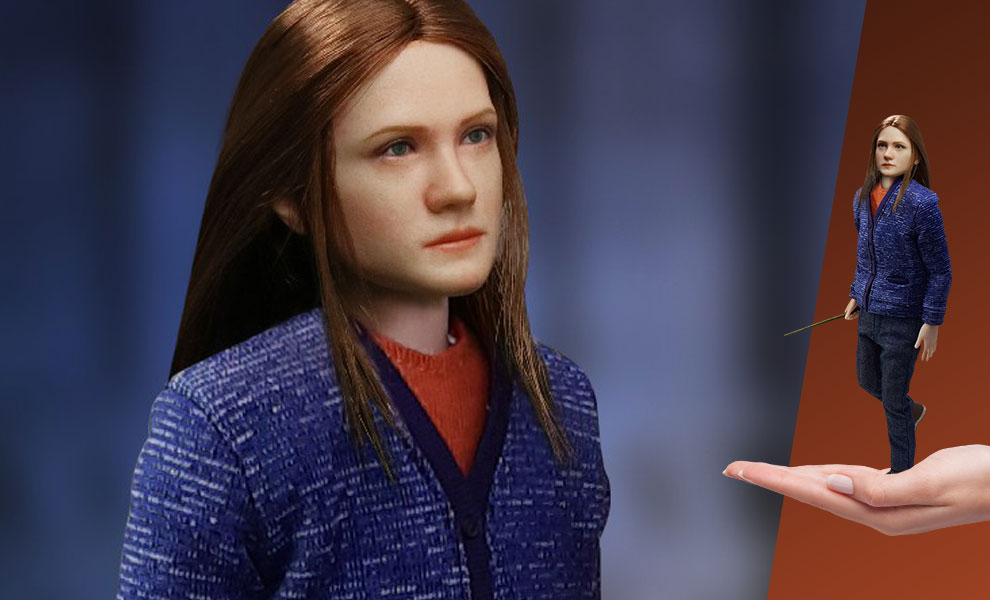 Gallery Feature Image of Ginny Weasley (Casual Wear) Sixth Scale Figure - Click to open image gallery
