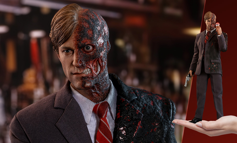 Gallery Feature Image of Two-Face Sixth Scale Figure - Click to open image gallery