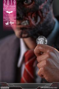 Gallery Image of Two-Face Sixth Scale Figure